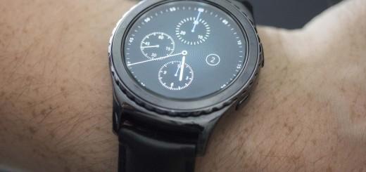 samsung-gear-s-2-classic-wrist-hero